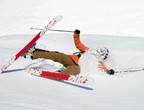 Neck injury following skiing accident